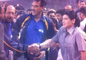 Diego Maradona with Shabbir Ali and Subrata Bhattacharya. (Photo courtesy: AIFF Media)