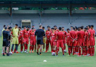 Indian national team head coach Igor Štimac with his squad. (Photo courtesy: AIFF Media)