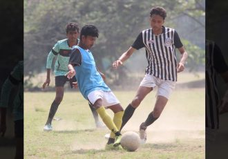 Match action during the inaugural edition of the Legends Cup 2021. (Photo courtesy: Mohammedan Sporting Club)