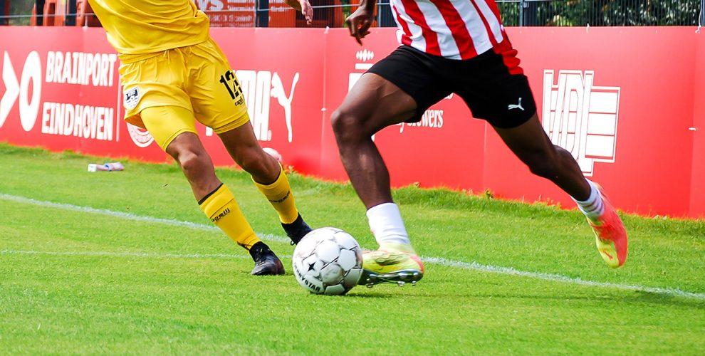 Football match (© CPD Football)