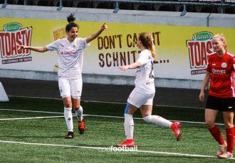 Jordanian international and Borussia Mönchengladbach star Sarah Abu Sabbah celebrates one of her goals against FSV Gütersloh 2009. (© CPD Football)