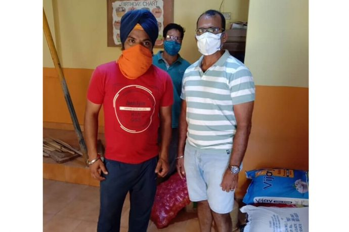 Savio Medeira at The Goa Sikh Youth Community Kitchen. (Photo courtesy: AIFF Media)