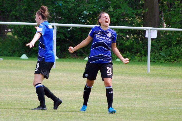 Arminia Bielefeld's Sarah Grünheid celebrating one of her goals in the DFB-Pokal der Frauen quarterfinal match against SC Sand. (© CPD Football)