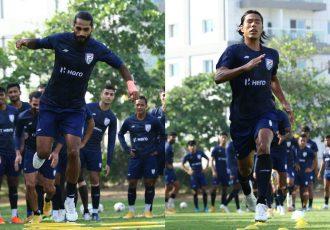 Indian national team defenders Sandesh Jhingan and Chinglensana Singh in training. (Photo courtesy: AIFF Media)