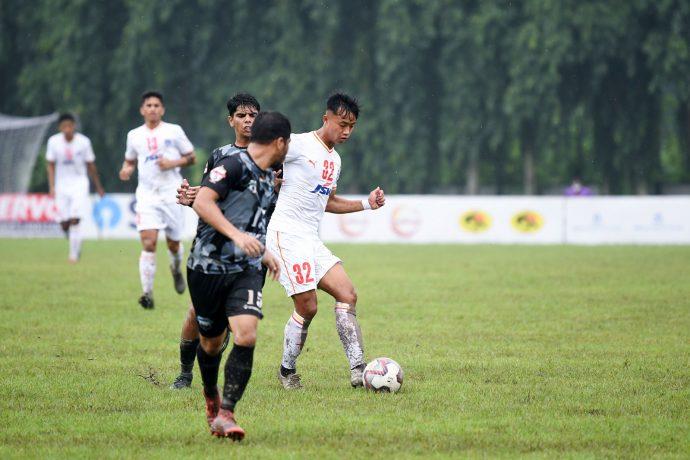 Bengaluru FC midfielder Naorem Roshan Singh in action against Delhi FC in a Durand Cup 2021 match at the Mohun Bagan Ground in Kolkata. (Photo courtesy: Bengaluru FC)