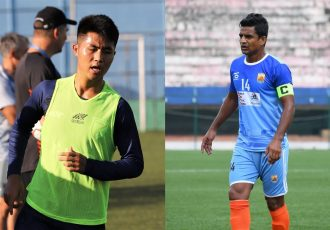 """Indian national team midfielder Lalengmawia """"Apuia"""" Ralte and former Indian international Mehtab Hossain. (Photo courtesy: AIFF Media)"""